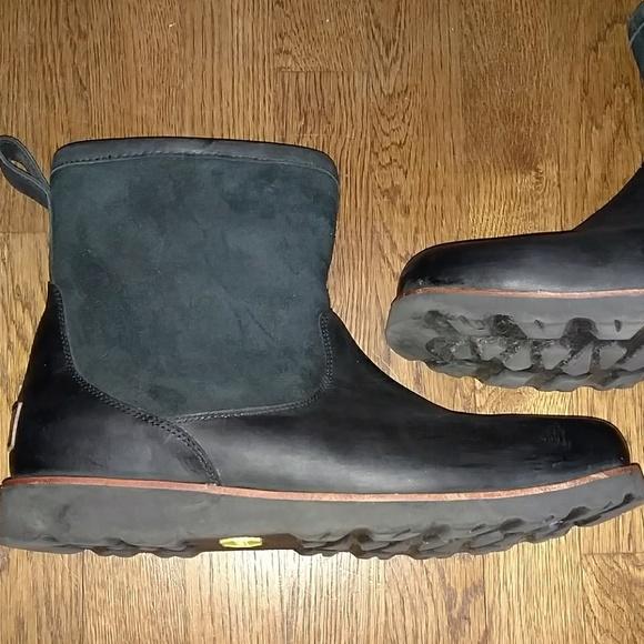 b544f8580b3 UGG Hendren TL leather boots